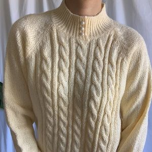 Karen Scott Sweaters - VINTAGE yellow cable knit sweater